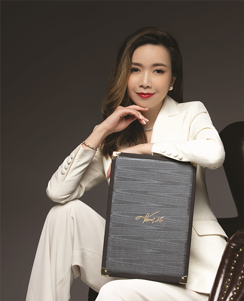 《爱得菲AIDOFÉC引领彩妆国潮新趋势 携手著名国际形象顾问VENNIS MA马丽怡推出《菲常丽怡》联名彩妆系列》